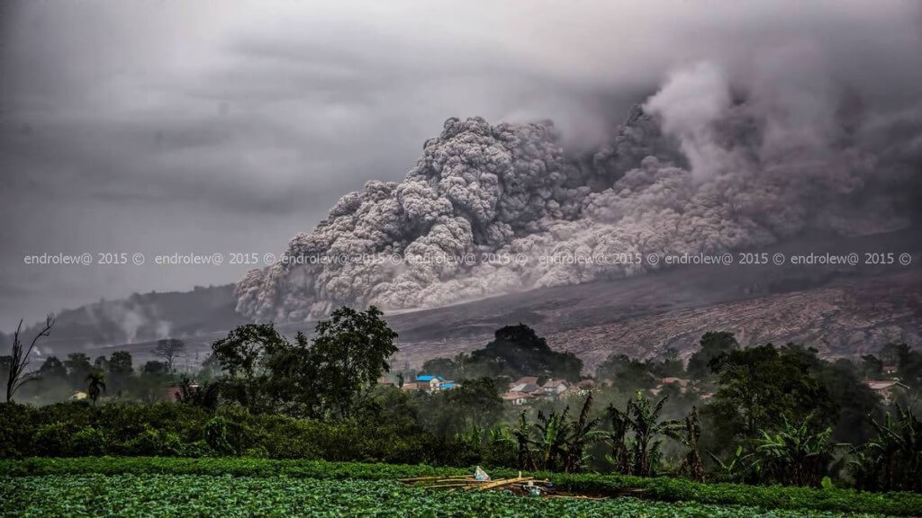sinabung-endrolew